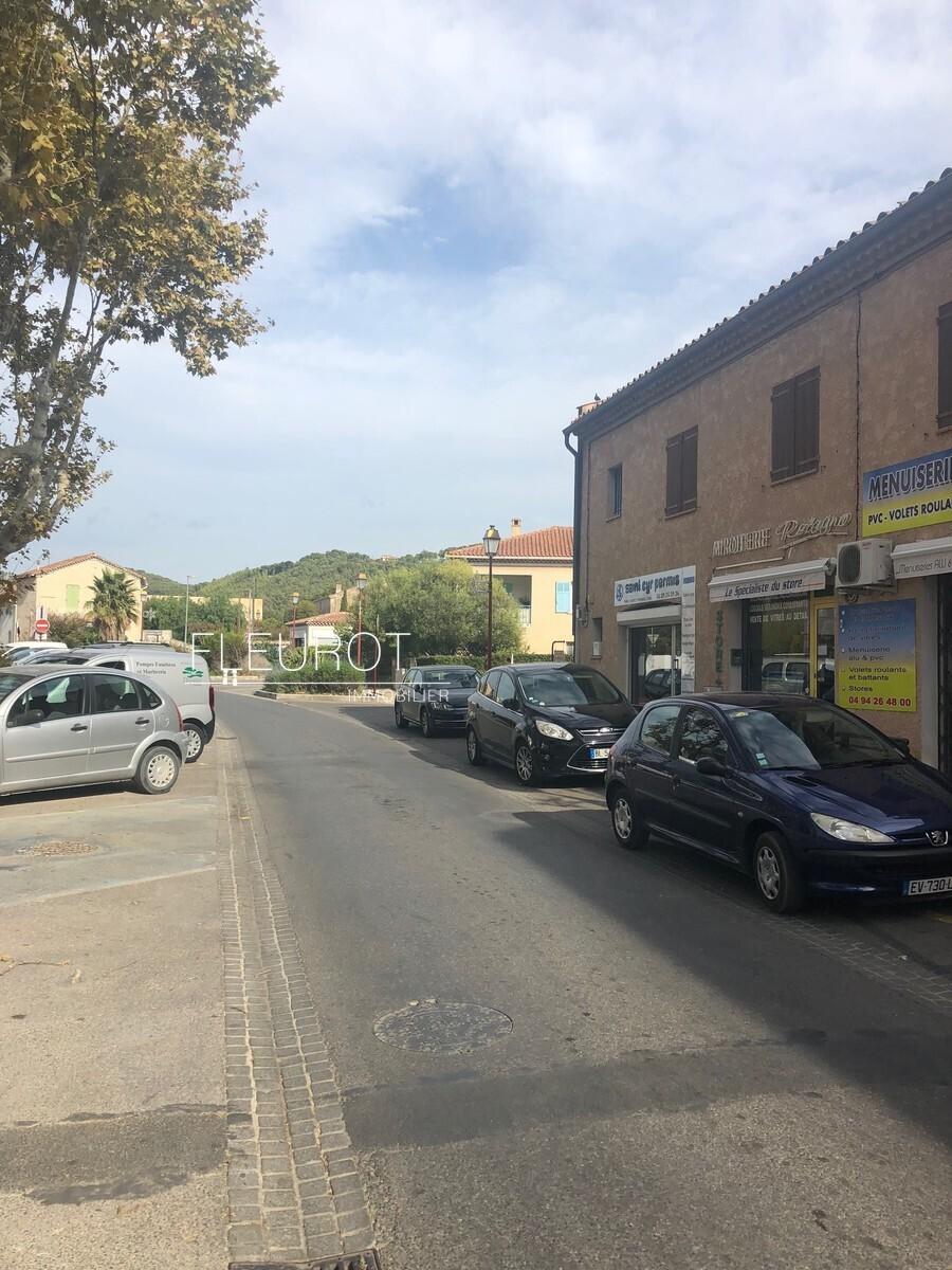 Local commercial - Saint-Cyr-sur-Mer